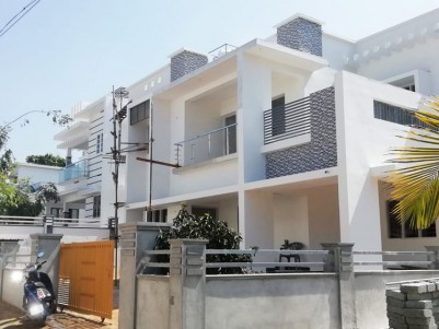 4 BHK, 2200 SqFt House in 7.300 Cents for sale at Pattimattom - Ernakulam
