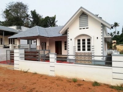 1500 SqFt, 3 BHK House in 6 Cents for sale at Perumbavoor, Ernakulam
