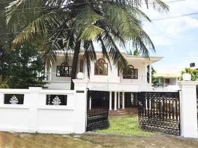6 BHK,4000Sq.Ft House in 18.5 Cent for Sale at Kunnatheri,Aluva