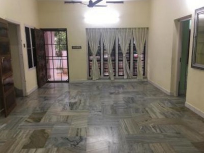 2000 SqFt, 3 BHK House on 8.3 Cents for sale at Konthuruthy, Thevara, Ernakulam