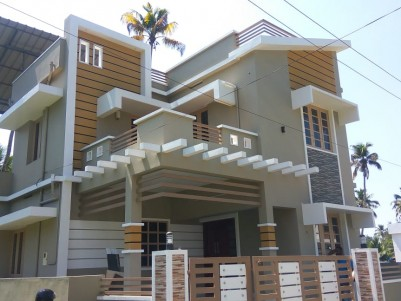 3 BHK, 1500 SqFt House in 3 Cent for sale at Koonammav, Ernakulam