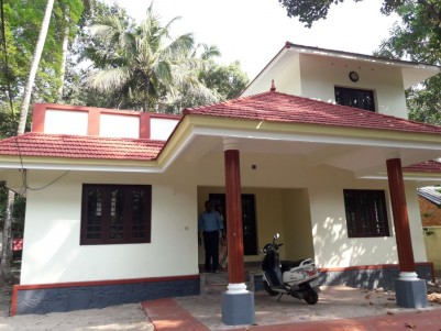 2 BHK,1500 SqFt House in 11 Cent For Rent at Pathirappally,Alappuzha