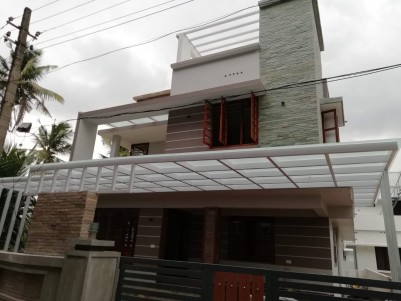2000 SqFt 4 BHK House in 4.850 Cent for sale at Pukkattupady, Ernakulam