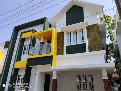 3 BHK, 1400 SqFt Semi furnished House in 3 Cents for sale at Kakkanad, Ernakulam