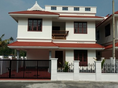 3BHK Ready to Occupy Villas for Sale in Gated Community in West Kadungalloor,Aluva