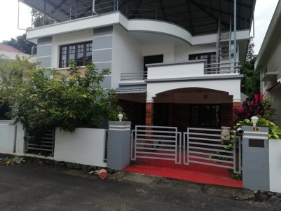 4BHK,2200 SqFt Gated Villa in 4.850 cent for sale at Palarivattom.