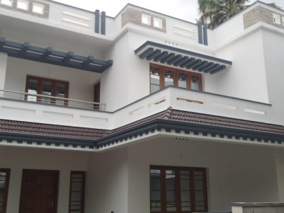 4 BHK House in4.2 cents for sale at Chembumukku,Kakkanad