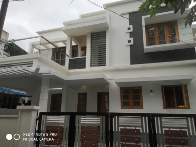 3BHK,1800SqFt House for sale in Tripunithura