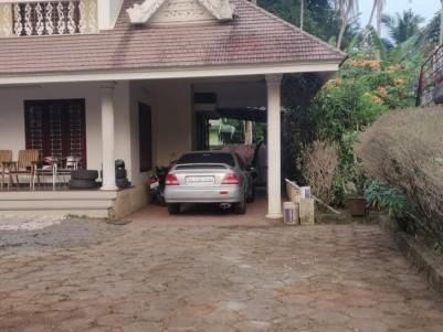 5BHK House with 3500 SqFt at Udayamperoor,Ernakulam for sale