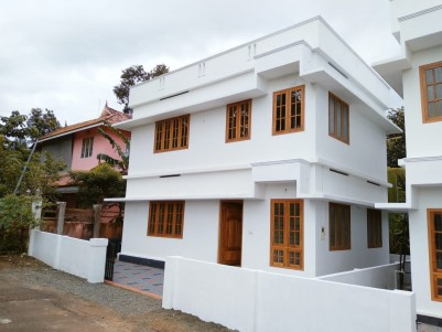 3BHK,1200 SqFt, Ready to Occupy New House for sale at Kaduthuruthy