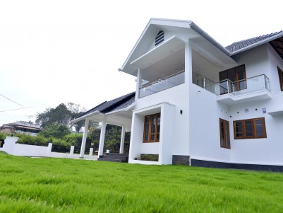Luxury Villa for Sale  at Pala,Kottayam