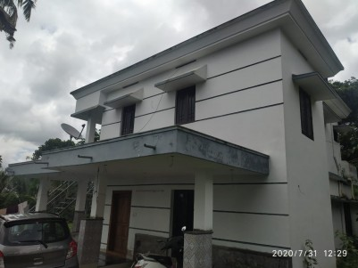4BHK,1650 SqFt House in 9 Cents for Sale near Eattumanoorappan College,Kottayam