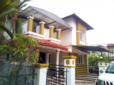 3BHK,2300 SqFt   Villa in 6 Cents for Sale in Kanjikuzhy Junction,Kottayam