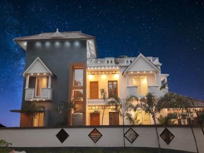 Posh Villas for sale at Maradu,Ernakulam