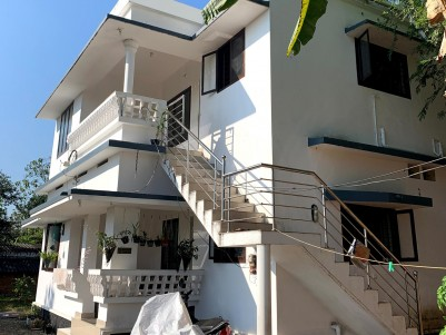 4BHK House in 9 Cents for sale at Ettumanoor,Kottayam