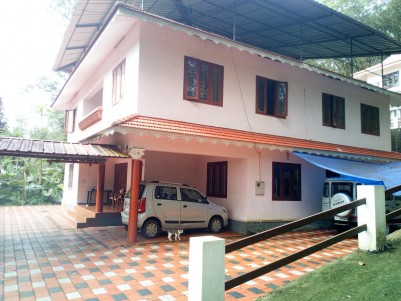 8 BHK 3800 SqFt House in 15.5 Cents for sale at Pala,Kottayam