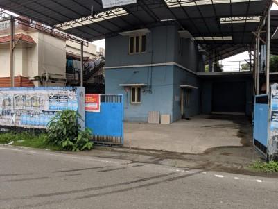Commercial building in 15 Cent for sale at Kunnumpuram Jn, Ernakulam
