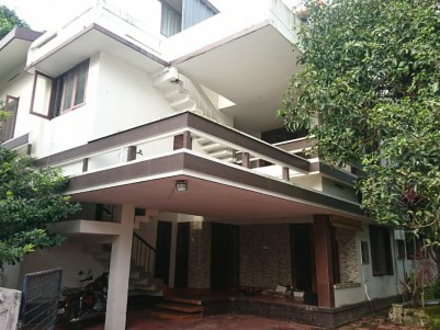 16.4 Cents with 2500 sqft House for sale at Club road, Girinagar, Ernakulam