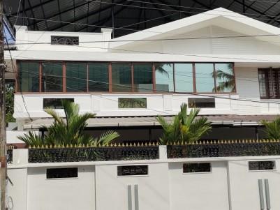 Furnished 3000 sqft 6 BHK House in 15 Cents for sale at Deshabimani road, Kaloor, Ernakulam