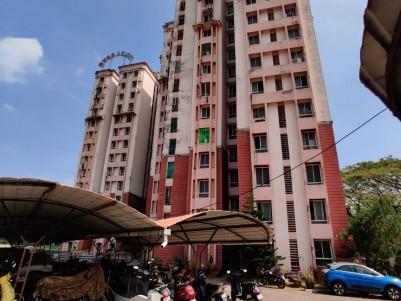 Furnished 3 BHK 1100 Sqft Flat for sale at Gandhi Nagar, Kadavantra, Ernakulam