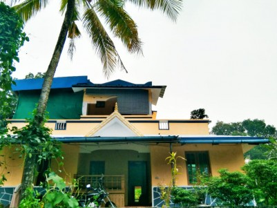 19 Cents with 4 BHK House for sale at Onamthuruthu, Kottayam