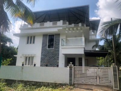 2200 sqft 4 BHK House in 5 Cent land for sale at Koonammavu, Ernakulam