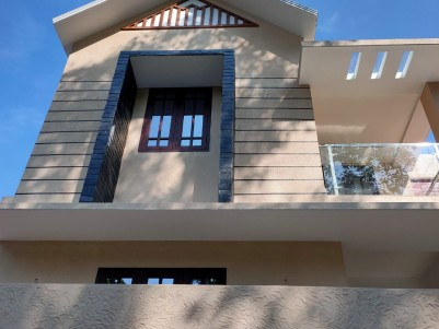 4 BHK, 2400 sqft, Semifurnished House in 5 Cent Thevakkal Jn, Ernakulam