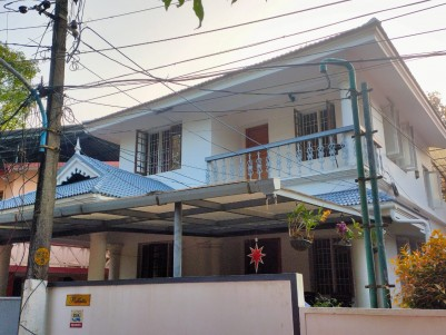 3 BHK, 2180 sqft, House in 5 Cents for sale at Palarivattom, Ernakulam