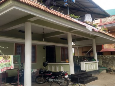 2 BHK 900 SqFt House in 3.5 Cents for sale at Kaloor, Ernakulam