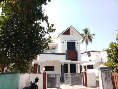 3 BHK (attached), 1400 SqFt House in 3.5 Cents for sale at Kuzhivelipady, Ernakulam