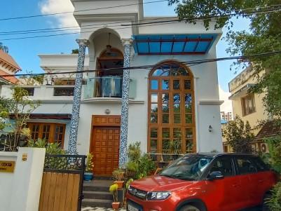 3 BHK Unique Villa in 6.103 Cents for sale at Vennala, Palarivattom, Ernakulam