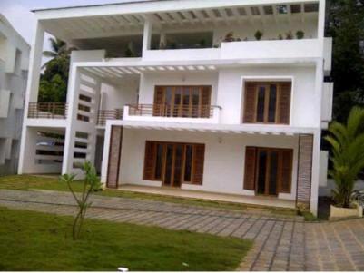 5 BHK House in 8.15 Cents for sale near Chinmaya School, Tripunithura, Ernakulam