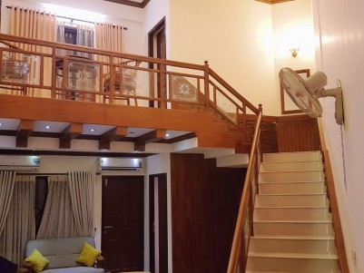 Duplex Fully furnished 4 BHK Flat for sale at Vytilla, Ernakulam