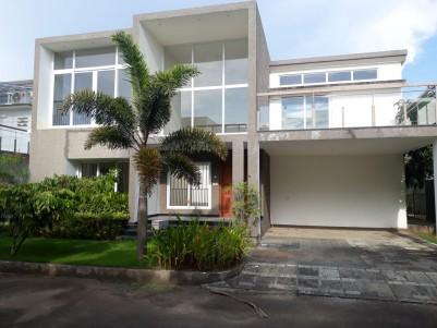 Lifestyle Villa in 7.5 Cents for sale at Koonamavu, Paravur, Ernakulam