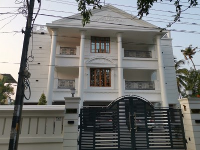 Luxury Independent Villa  for sale at Edappally,Ernakulam