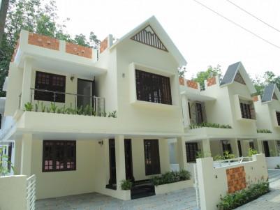 4 BHK 2100 SqFt Villa for sale at Pallikkara, Ernakulam