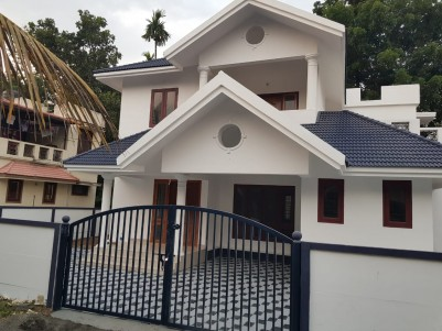 3 BHK 1700 sqft House for sale at Angamaly, Ernakulam