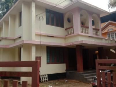 2100 Sqft Well Maintananced 4 BHK House for sale at Puthiyakavu, Thripunithura