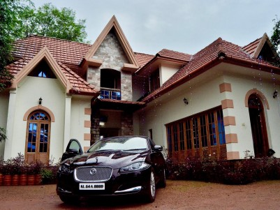 Colonial Style Villa for Sale at Chalakudy,Thrissur